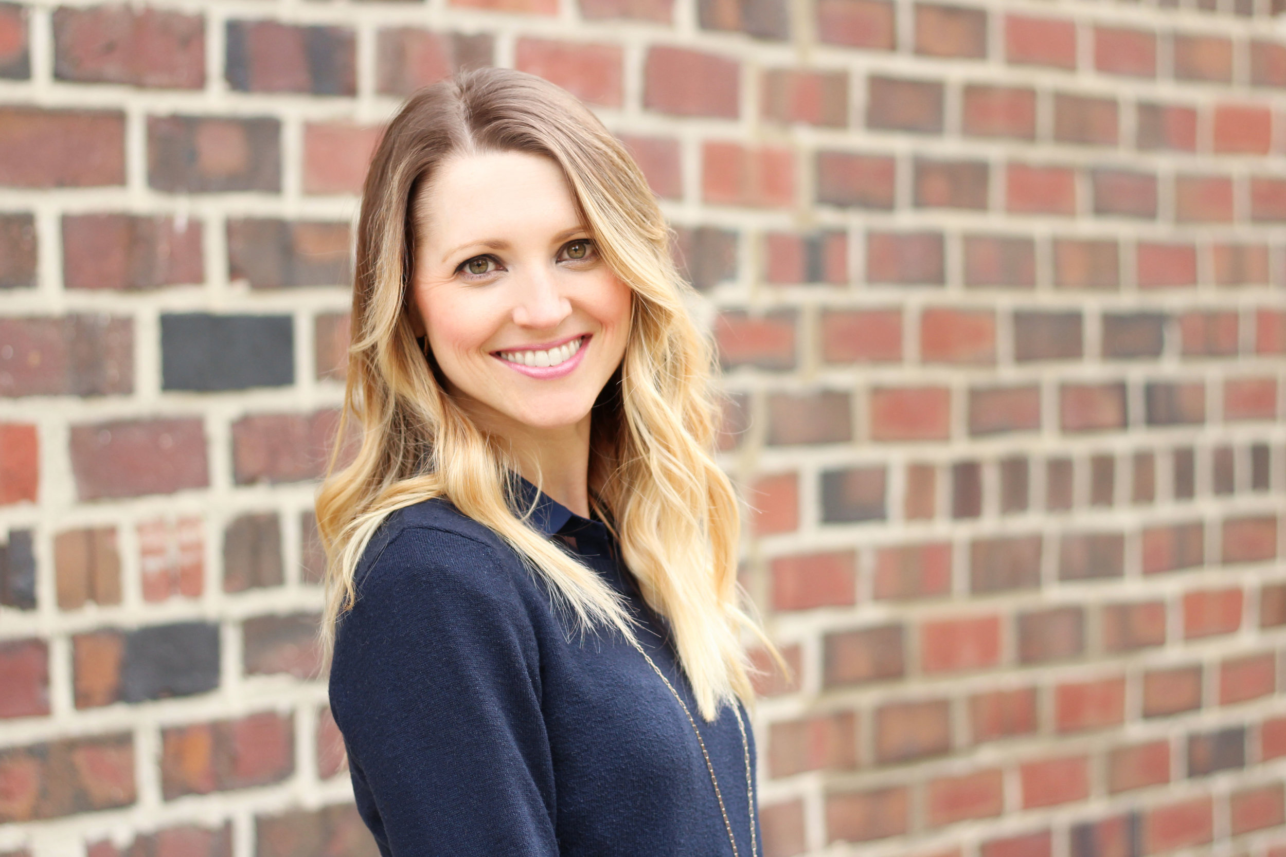 Amber Gilsdorf | Educational Consultant | Estrela Consulting